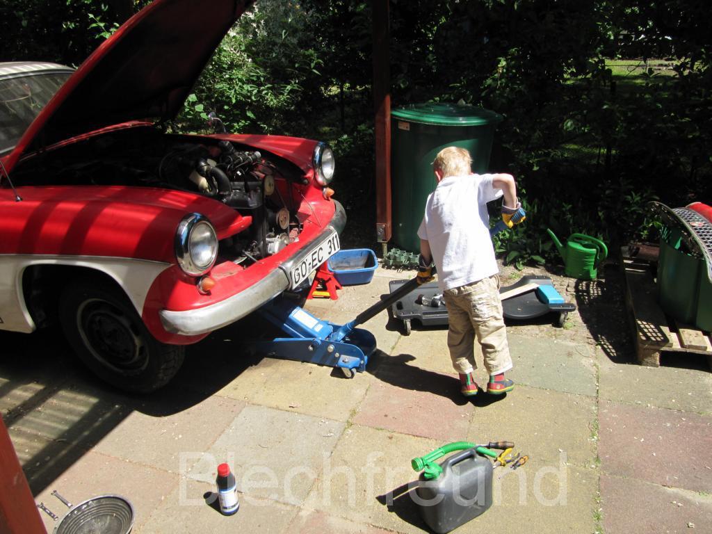 Wartburg 311 Coupe Anheben
